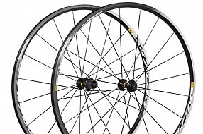 Mavic 2018 Aksium Clincher Wheelset