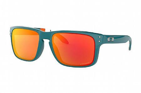 Oakley Holbrook (Past Season) Sunglasses